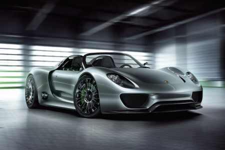 Porsche Reveals High-Performance 918 Spyder Concept: Highly Efficient and Ultra-Fast Plug-in Hybrid Super Sports Car Unveiled in Geneva