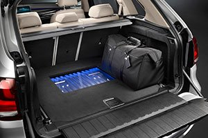 BMW-Concept-X5-Plug-in-trunk_inline