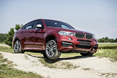 2015 BMW X6: Rated X