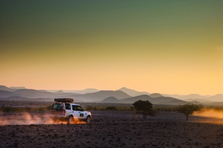 ABERCROMBIE & KENT AND LAND ROVER NORTH AMERICA ANNOUNCE HIGH-OCTANE ADVENTURES FOR 2015