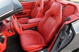 2015-Aston-Martin-Vanquish-Volante...38
