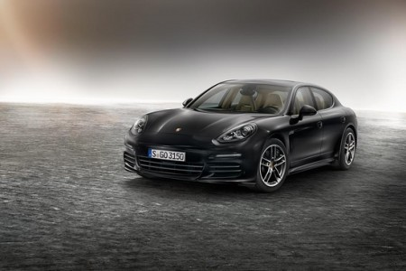 Porsche Panamera Edition: Sports sedan with extensive standard features