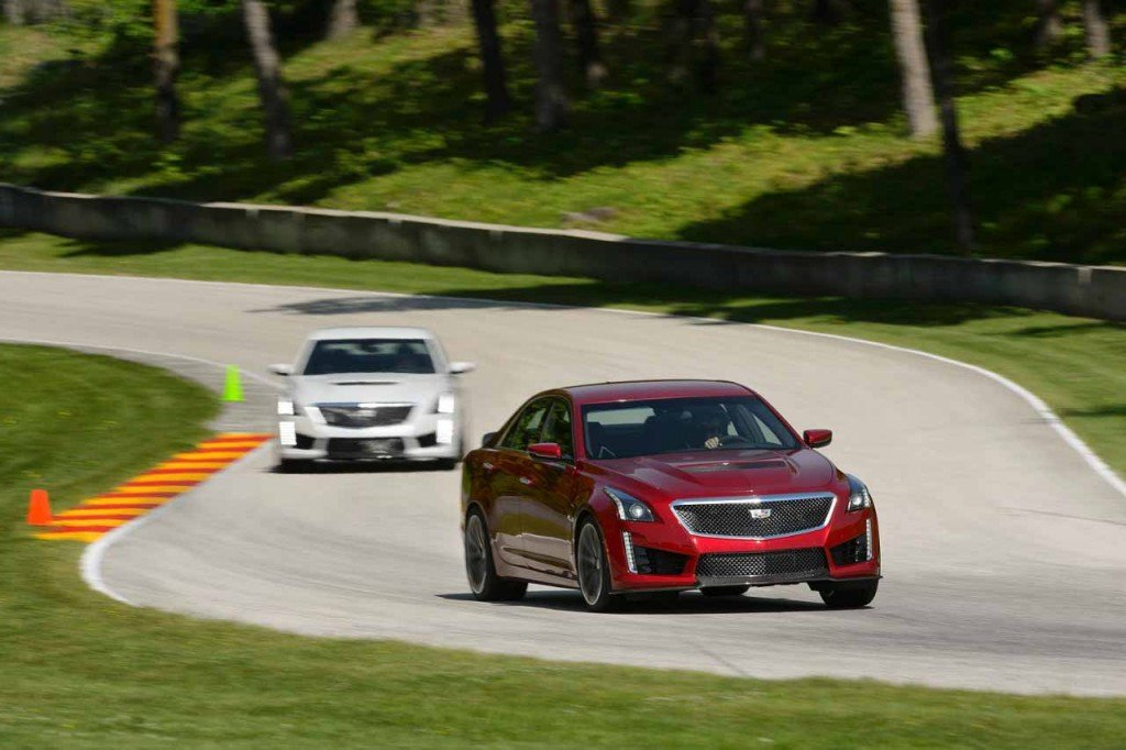 2016_Cadillac_CTS-V_Sedan_Automotive_Rhythms...07