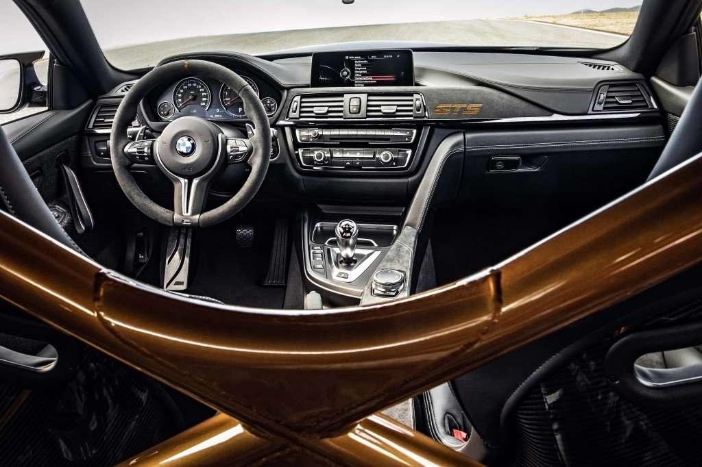 2016_BMW_M4_GTS...65
