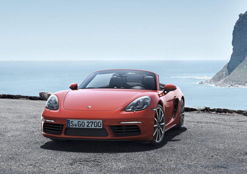 REd_The new Porsche 718 Boxster and 718 Boxster S