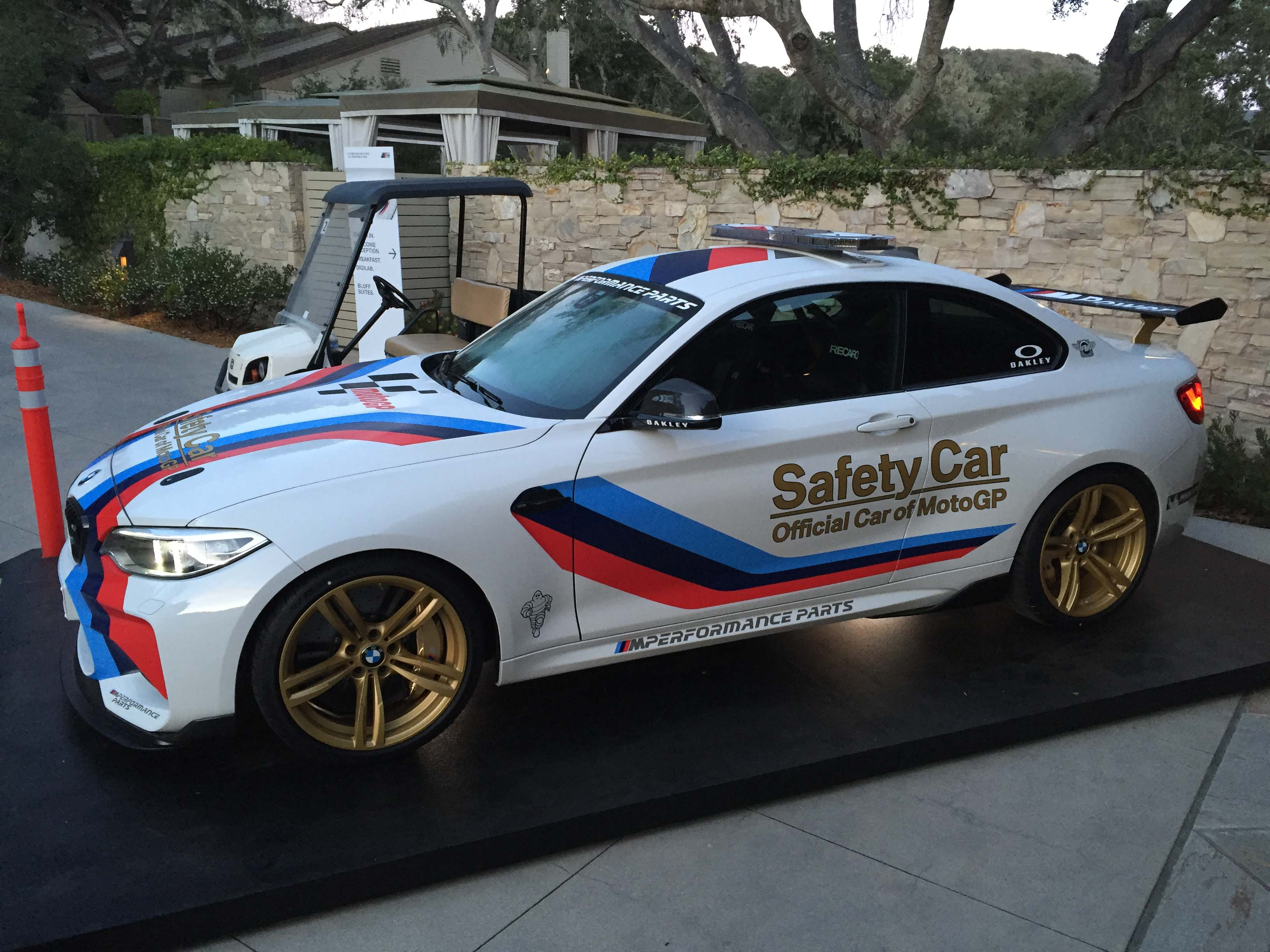 2016_BMW_M2_Coupe....33