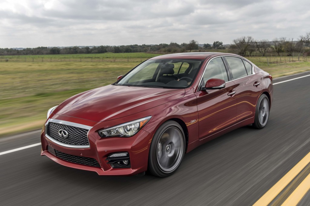 Infiniti Q50 models equipped with the 3.0-liter V6 twin-turbo 400 hp engine are designated as the Q50 Red Sport 400 and feature unique staggered 19-inch aluminum-alloy wheels and 245/40R19 front/265/35R19 rear summer performance run-flat tires, as well as unique exhaust tips. These changes help to assert the car's performance credentials and add to its aggressive, confident aura.