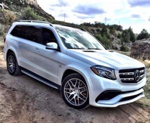 2017_Mercedes-Benz_GLS...25