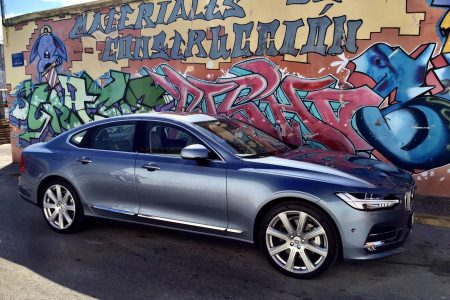 2017 Volvo S90 and V90: Formative Drive Experience