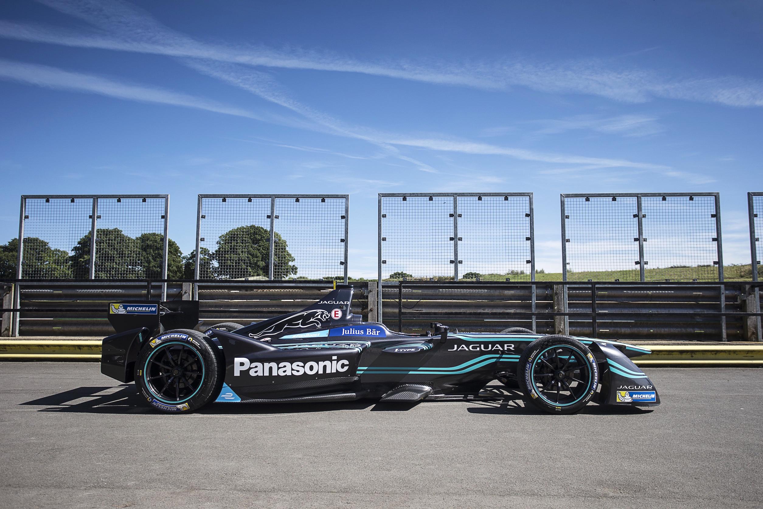 Jaguar Formula E Filming Day Thursday 1st September 2016 Mallory Park, England World Copyright: Andrew Ferraro/LAT/Jaguar _FER3616.jpg