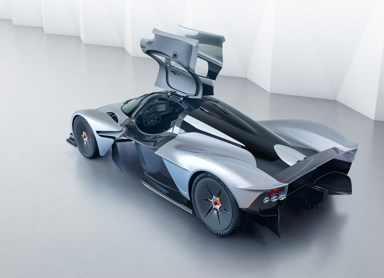 Aston Martin And Red Bull Racing Forge Stronger Innovation Partnership Automotive Rhythms