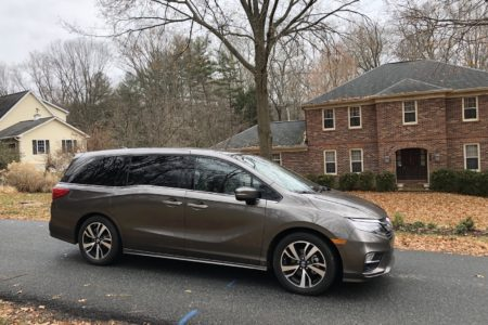 2018 Honda Odyssey Elite: Minivan Swag for Minivan Dads