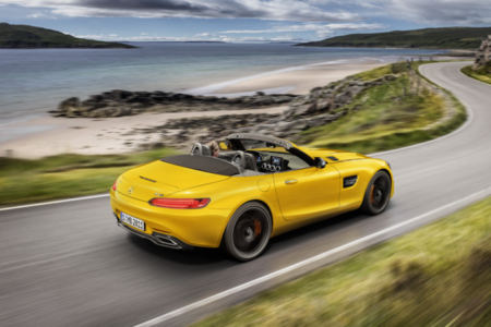 The new 2019 Mercedes-AMG GT S Roadster