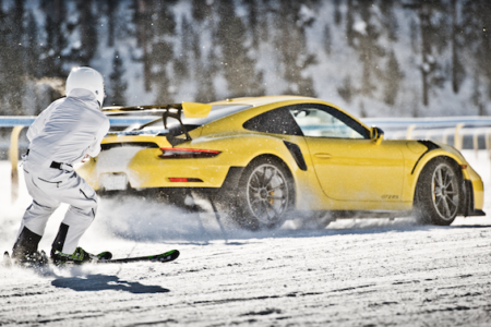 GP Ice Race: Days of Thunder – NASCAR race car and KTM X-Bow on ice and snow at Zell am See