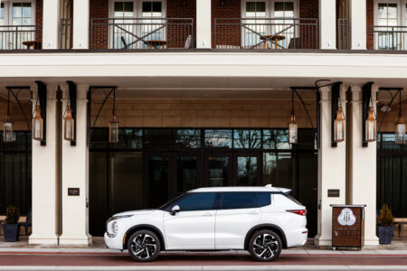 Exploring the Miami Midtown Lifestyle in the Reimagined 2022 Mitsubishi Outlander: Changing the Narrative